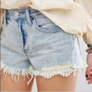 Free People BNWT cut off jean shorts sz 26 frayed